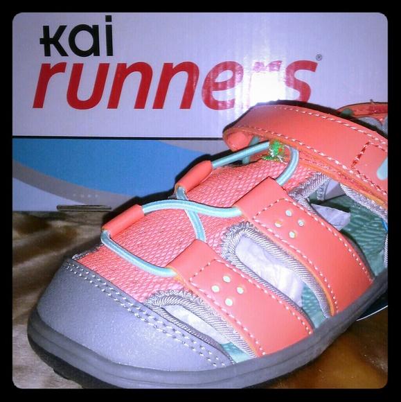 See Kai Run Shoes | Runners Closed Toe
